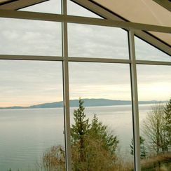 Sun room with panoramic view